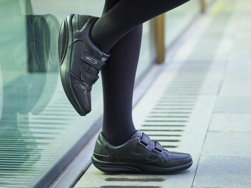 Pure Ботинки на липучках женские Walkmaxx